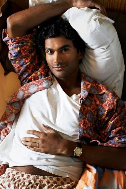 Sendhil Ramamurthy. Why yes, we'll join you for a lazy New Year's Day morning in bed.